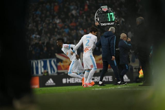 ◆悲報◆マルセイユの日本代表DF酒井宏樹、リヨン戦前半35分に負傷退場