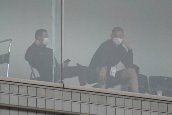 ◆悲報◆川崎フロンターレ、スタッフ6名が密の飲酒会食参加!SNSに記念写真UPして厳重注意処分