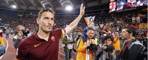 ◆速報◆ASローマの王子、フランチェスコ・トッティ今シーズンいっぱいで現役引退を発表