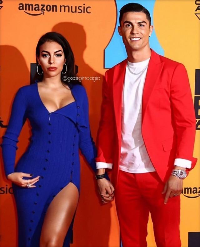 ◆小ネタ◆クリロナさんが恋人ジョルジナとMTVのイベントに出席した結果www