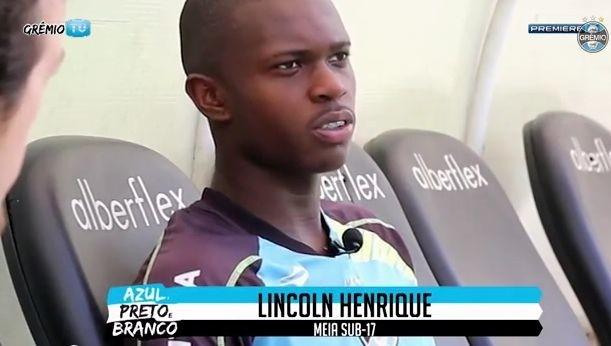 ◆ブラジル◆悪魔の左足を持つ17歳 グレミオの新星リンコン 左足でスーパーヒールボレーシュートを決める!