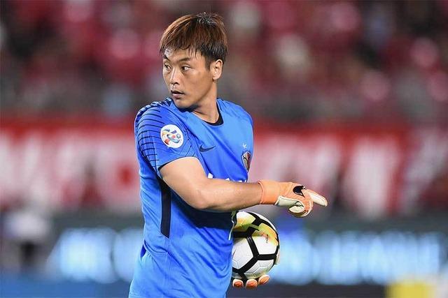 ◆悲報◆ACL準決勝水原FW、鹿島の韓国人GKの蹴り&頭突きを非難!「明らかに退場」「謝罪なかった」