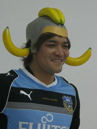 ◆Jトラブル◆横浜Fマリノスサポが掲げたのはやはりバナナ・・・一般紙も報道しコアサポも認める