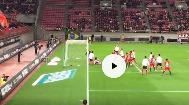 ◆Jリーグ◆鹿島×C大阪、キム・ジンヒョンのやらかしは入ってたのか入ってなかったのか…真横からのアングル動画発見される