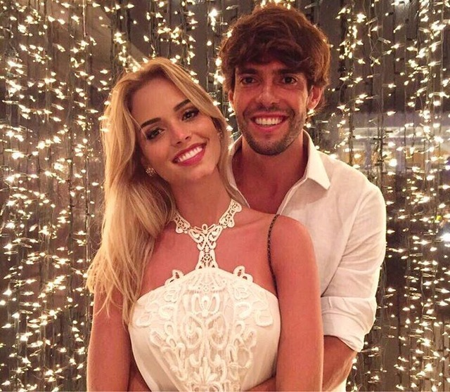 ◆画像◆元ACミラン&ブラジル代表のレジェンド カカに新彼女!元嫁にちょっと似てる?