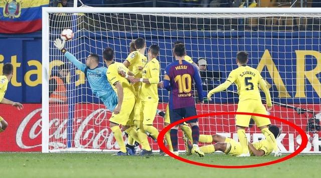 ◆リーガ◆メッシのフリーキックの精度が異常すぎると話題に!3試合で3回FK蹴って3ゴール