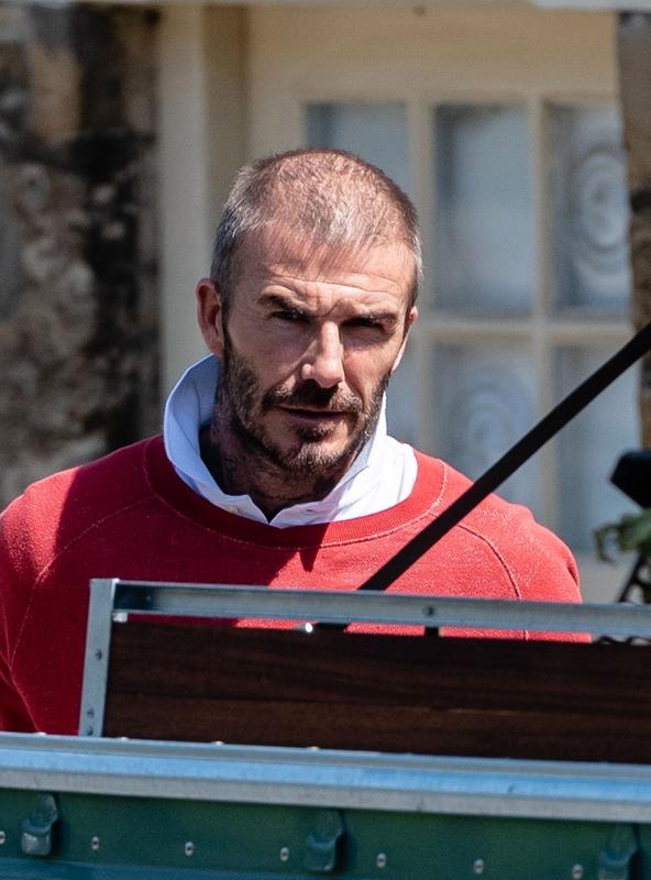 ◆悲報◆ベッカムがイタリアで職務質問される…