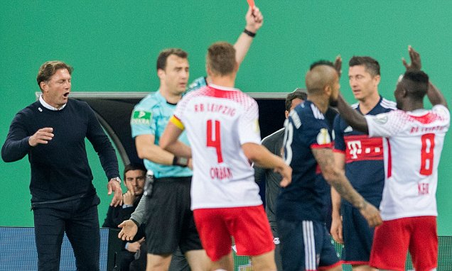 ◆悲報◆リバプールが狙うライプツィヒのナビ・ケイタ、バイエルン戦でまたまた退場!ここ7試合で3回目