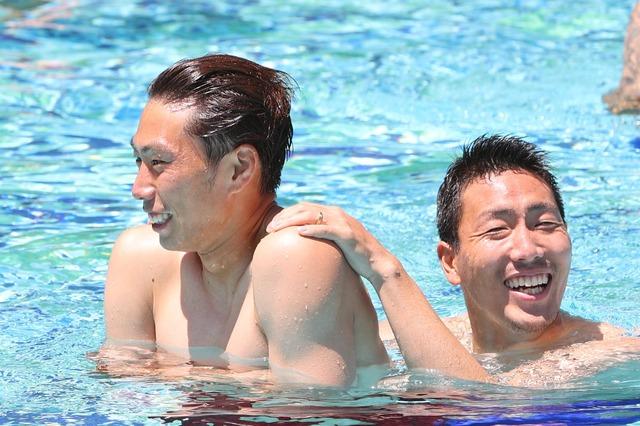 ◆悲報◆ガンバ大阪、東口さんと昌子さんが裸で濃厚接触