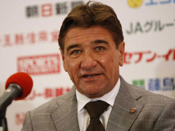 ◆Jリーグ◆「これはサッカーなのか?」浦和レッズ・ペトロヴィッチ監督が、松本山雅を痛烈批判したワケ