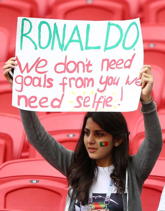 ◆コンフェデ◆ポルトガル女子がクリロナに変なお願い!『点取らなくていいからセルフィー撮って!』