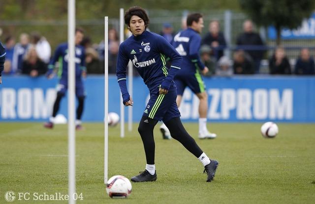 ◆画像◆練習復帰のシャルケ内田篤人の脚がむっちゃ細くなってると話題に!