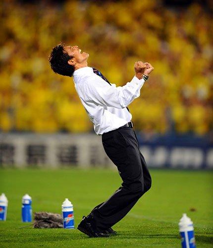 ◆J小ネタ◆FC東京監督JFKのコメントがこの2年間全く成長していないと話題に!