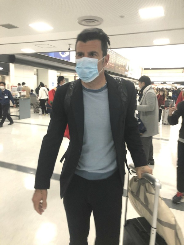 ◆レジェンド◆マスクをしてまで日本に滞在するルイス・フィーゴさんを御覧ください