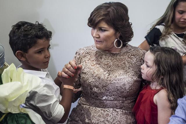 ◆リーガ小ネタ◆クリスティアーノ・ロナウドの母親が自伝を発表・・・孫達が集まって出版を祝う