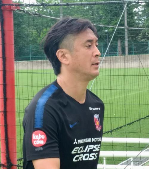 ◆Jリーグ◆浦和の元組長大槻毅新監督新ヘア、気合のツーブロックもこれじゃない感
