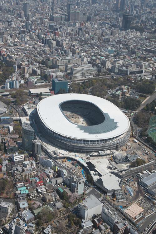 ◆スタジアム◆巨大な便器?新酷立の空撮画像&ピッチとスタンドの距離が酷いと話題に!