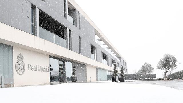 ◆リーガ◆久保建英加入ヘタフェ×エルチェ 大雪のため試合日程1日延期 日本時間12日3:00KOに