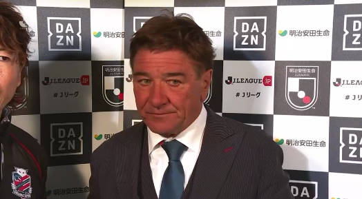 ◆悲報◆札幌ミシャ監督試合後インタビューで顔真っ赤っ赤(´・ω・`)