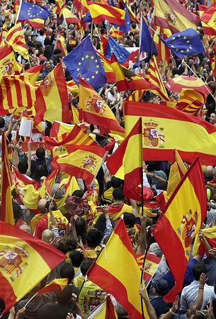◆リーガ◆カタルーニャ独立、中央政府、阻止に全力・・・実質バルサ+αでW杯を制したスペイン代表はどうなる?