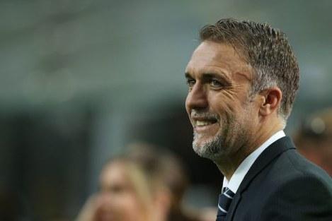 ◆悲報◆バティストゥータ氏がアルゼンチン代表を訪問も半数の選手に挨拶さえしてもらえず