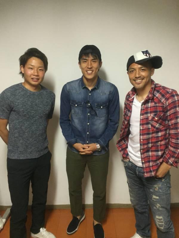◆画像◆長谷部誠、札幌ドームに小野伸二を訪ねてパシャリ!安定のダサさw