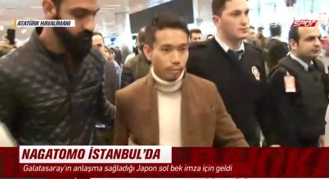 ◆速報◆長友佑都、イスタンブール到着!テレビクルーが待ち受ける