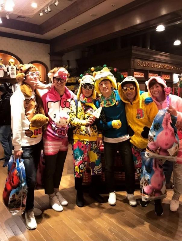 ◆画像◆浦和に快勝したG大阪の皆さんUSJでふざけた被り物被って大集合(´・ω・`)