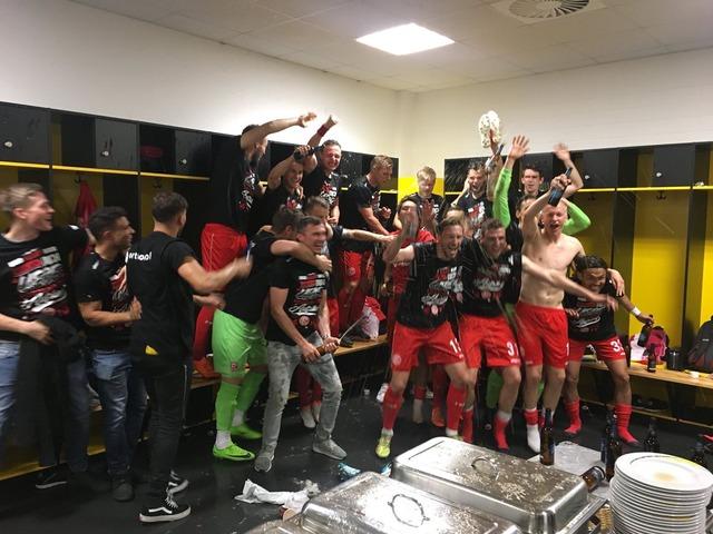 ◆朗報◆昇格決定デュッセルドルフのゲンキ&タカシ、完全にチームに溶け込む
