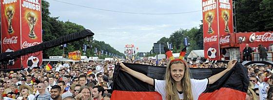 ◆W杯◆ドイツ代表帰国~パレード~祝勝会へ(画像まとめ)