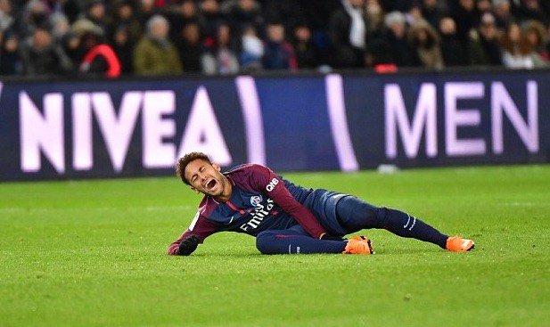 ◆悲報◆ネイマール、CLレアル戦欠場へ…第5中足骨骨折と足首捻挫、PSGが発表