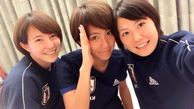 ◆画像◆なでしこの美女3人、岩渕真奈・猶本光・北川ひかるが奇跡のスリーショット