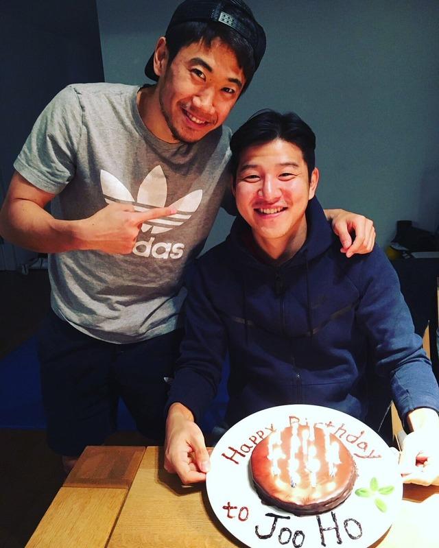 ◆画像◆香川真司さんパク・チュホの誕生日を祝ってツーショット