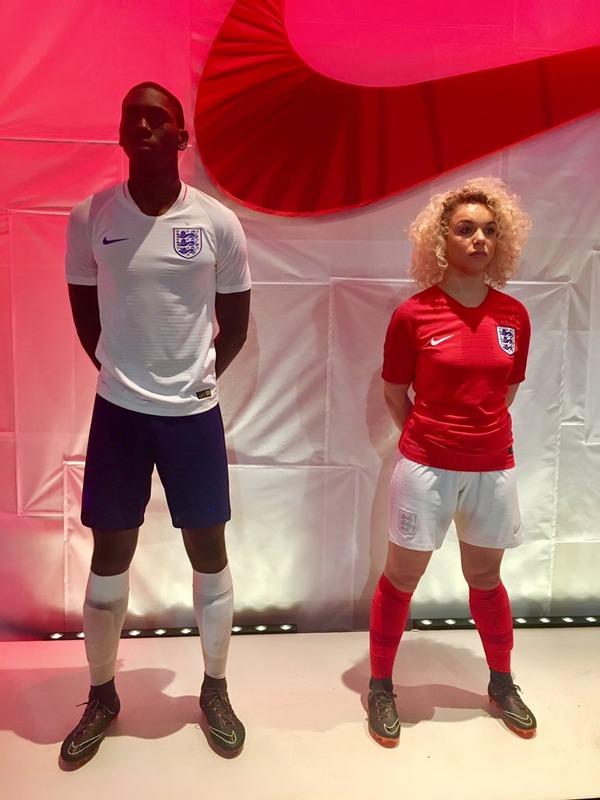 ◆W杯◆イングランド代表が発表したW杯用新ユニフォームがシンプルすぎると話題に!