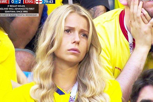 ◆W杯小ネタ◆劣勢の中悲しい顔で応援するスウェーデン代表の金髪女性サポが美女だらけだと話題に!