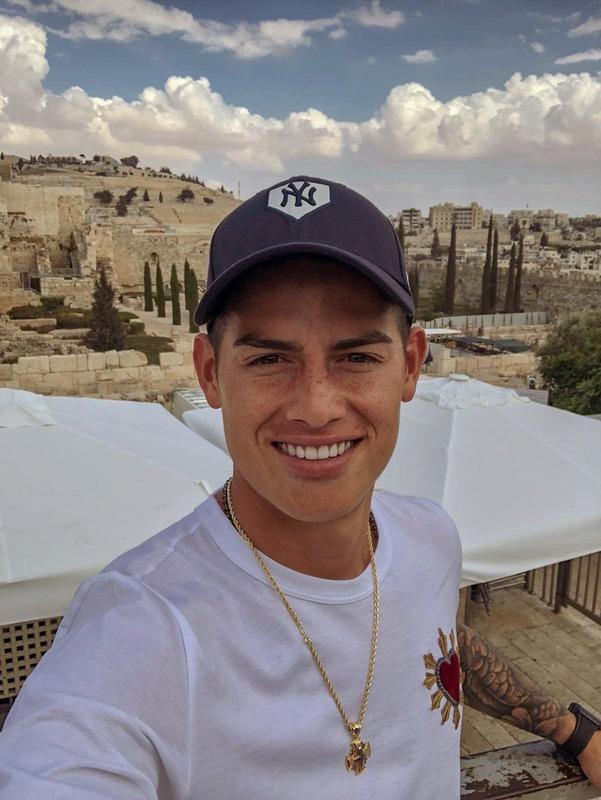 ◆悲報◆ハメス・ロドリゲス、ゴラン高原で撮った写真にイスラエル国旗をつけてツイートして大炎上!まさに第4次中東戦争OnTwitter状態!
