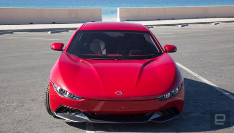 イタリアのスポーツカーのようなデザインの電気自動車が110万円で発売