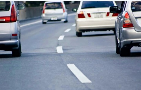 車の長距離運転で起きることって何?