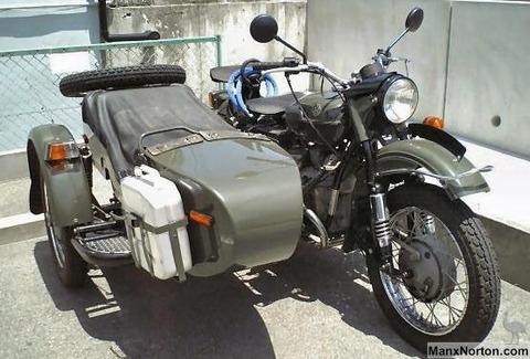 ミリタリーなバイクが好きなんだけど、分かるやついる?