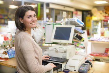 スーパーの混んでるレジで並んだ 文章の最後に「全裸で。」と付け加えるスレ in ばいく板ちゃんねる