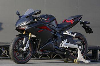新型の軽二輪スーパースポーツモデル「CBR250RR」を発売【新型】 ニューモデルが出たらageるスレ【速報】