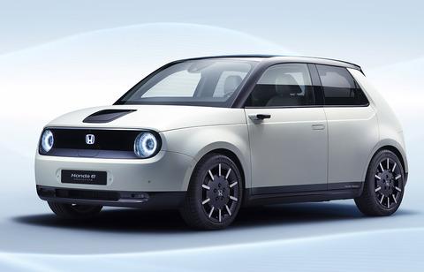 【悲報】ホンダの新型電気自動車、デザインにパクリ疑惑・・・
