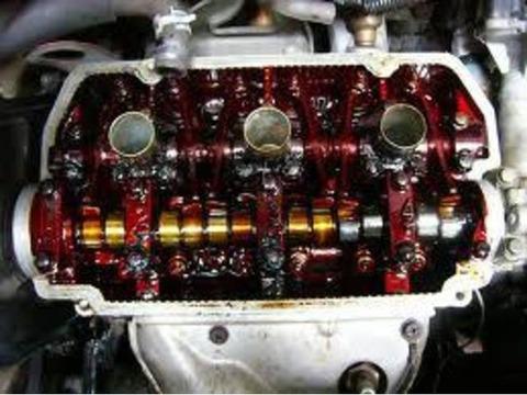 車のエンジンオイル交換、怠ってたら焼き付いたwwwwwwwwww