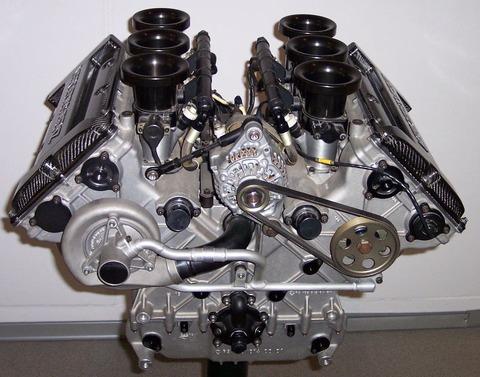 【悲報】ベンツがV6エンジン廃止wwwwwww 背景にディーゼル規制か
