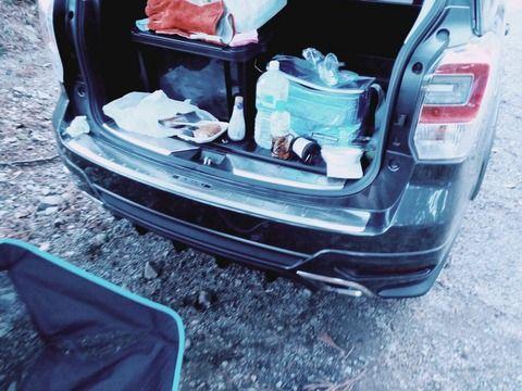 車にキャンプ道具積み込んだったったwwwwwwww