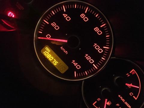 【朗報】新車で車を買った僕、10万キロ走ってもまだまだ行けそう