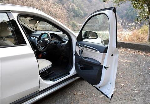 車のドア開かなくなって仕事行けなくなったwwwwwwwwwwwww