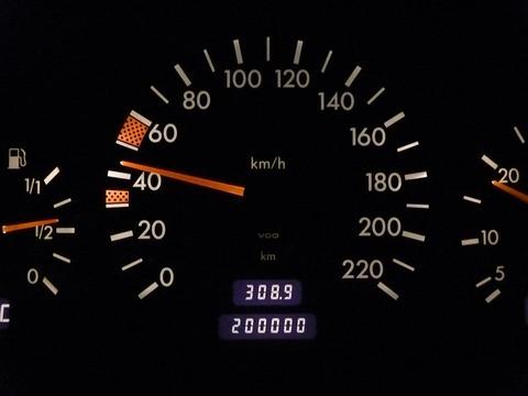 10万キロ超えたら車はもうダメなのか?????