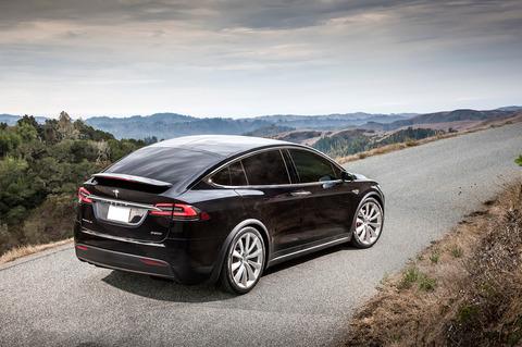 2017-Tesla-Model-X-rear-three-quarter-01