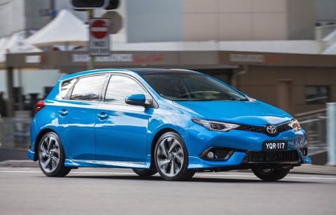 2015-Toyota-Corolla-ZR
